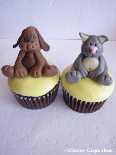 Cat-and-Dog-Cupcakes